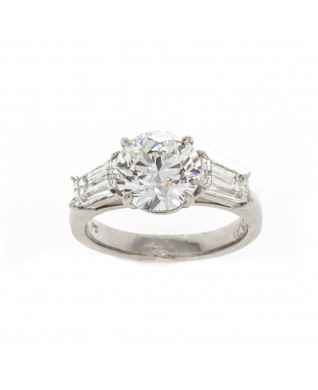 BRILLIANT CUT DIAMOND 3.01 CT