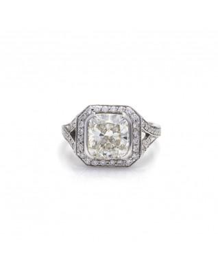 CUSHION CUT DIAMOND 3.21 CT