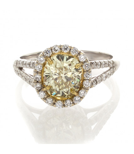 YELLOW CUSHION CUT DIAMOND 1.50 CT