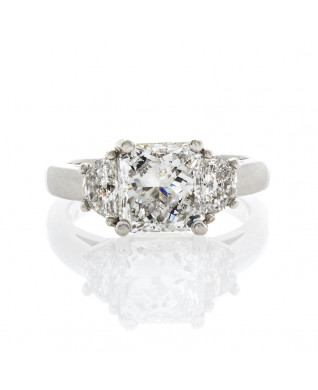 RADIANT CUT DIAMOND 2.01 CT
