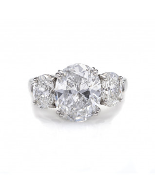 OVAL DIAMOND 4.03 CT